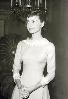 """Audrey Hepburn on the set of 'War and Peace' 1956 """""""
