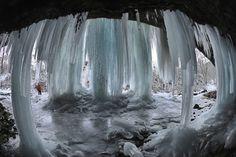 Pri Matejovciach nad Hornádom je jeden z najkrajších ľadopádov na Slovensku. Heart Of Europe, Bratislava, Wedding, Fotografia, Valentines Day Weddings, Hochzeit, Weddings, Marriage, Casamento