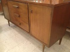 Vintage Basset Buffet Credenza Flat Screen Tv Stand