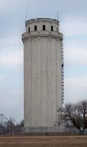 Waldo Water Tower in Kansas City, Missouri. State Of Kansas, Kansas City Missouri, Tower Of Power, Concrete Structure, Water Tower, World, Places, Towers, Travel