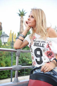 Elena Galifas in La vie est belle! Fes, Celebrities, T Shirt, Women, Style, Fashion, Life Is Good, Supreme T Shirt, Swag