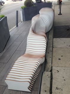 urban bench / Lakeview People Spot 2013 | dSpace Studio