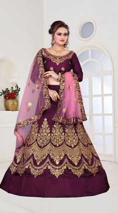 All Ethnic Customization with Hand Embroidery & beautiful Zardosi Art by Expert & Experienced Artist That reflect in Blouse , Lehenga & Sarees Designer creativity that will sunshine You & your Party Worldwide Delivery. Jacket Lehenga, Lehenga Saree, Sarees, Indian Bridal Lehenga, Indian Bridal Wear, Indian Gowns Dresses, Indian Outfits, Bridal Dresses, Bridesmaid Dresses