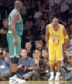 Kobe Bryant & Shaq - This picture describe their relationship perfectly!