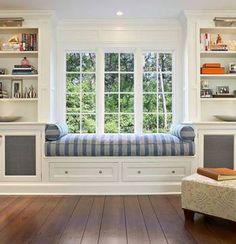 ideas for window seating living room wall colors Attic Bedroom Storage, Bedroom Built Ins, Living Room Built Ins, Bookshelves In Living Room, Living Room Windows, New Living Room, Diy Bedroom, Bookcases, Trendy Bedroom