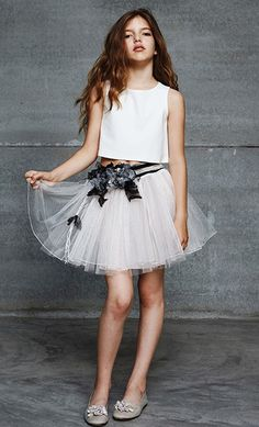 Hortensia Maeso Teens, young fashion for party - Dresses for Teens Young Fashion, Tween Fashion, Fashion Outfits, Fashion 2014, Party Fashion, Cute Girl Dresses, Dresses For Teens, Junior Girls Clothing, Kids Clothing