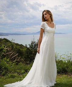 Robe de mariée 2017 : une robe taille empire Marie Laporte, prix sur demande