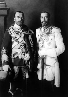 This world history photograph shows royal cousins King George V (on the right) and Tsar Nicholas II posing for a photo in Berlin, Queen Mary, Queen Elizabeth Ii, King Queen, Queen Mother, Tsar Nicolas, Tsar Nicholas Ii, King George, Princess Victoria, Queen Victoria