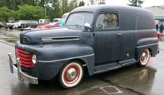 1948 Ford F-1 Panel Delivery Truck Vintage Pickup Trucks, Classic Pickup Trucks, Hot Rod Trucks, Cool Trucks, 1952 Ford Truck, Ford V8, Old Ford Pickups, Hot Trailer, Panel Truck