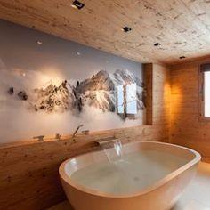 Chalet Interior, Spa Interior, Bathroom Interior, Home Interior Design, Chalet Chic, Chalet Design, House Design, Traditional Fireplace, Winter House