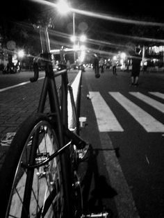 ROOTS (Mendiola, Manila)  SEX, DRUGS, SKATE, SKID & PUNK ROCK N' ROLL