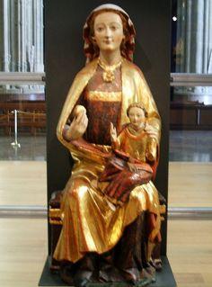 Andra Mari de la primera mitad del siglo XIV procedente de la parroquia de Nuestra Señora de la Asunción de Ullibarri-Viña, hoy en el Museo Diocesano de Arte Sacro de Álava, Vitoria-Gasteiz