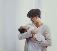 Gong yoo ❤❤ train to busan movie bts Kang Min Hyuk, Seo Kang Joon, Lee Dong Wook, Ji Chang Wook, Train To Busan Movie, Goong Yoo, Goblin Gong Yoo, Yoo Gong, Gong Yoo Smile