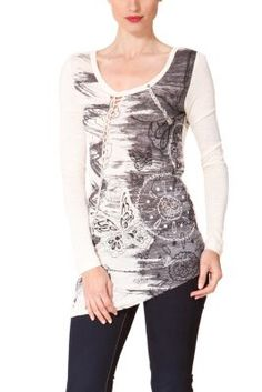 Desigual women's Cuba long-sleeved T-shirt. Two very original plaited details on the front and back stand out. Asymmetric hem.