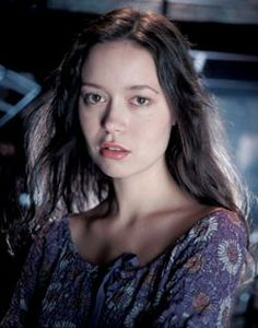 River Tam - The Firefly and Serenity Database played by Summer Glau Joss Whedon, Firefly Tv Series, Firefly Movie, San Antonio, River Tam, Firefly Serenity, Sci Fi Tv, Sci Fy, Beautiful Actresses