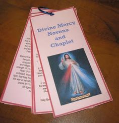 Printable prayer ring with Divine Mercy novena and chaplet directions. Free to print!