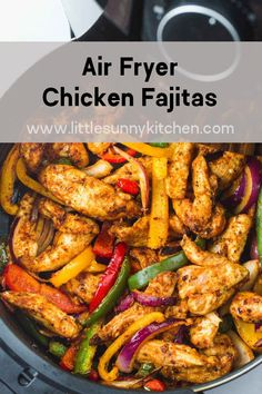 Air Fryer Chicken Fajitas Super easy and flavorful chicken fajitas made quickly in the Air Fryer! The chicken is succulent and bursting with flavor and the peppers and onions are crunchy and delicious. A great dinner for busy mid-week nights! Air Fryer Oven Recipes, Air Frier Recipes, Air Fryer Dinner Recipes, Healthy Dinner Recipes, Cooking Recipes, Healthy Dinners, Air Fryer Chicken Recipes, Easy Healthy Chicken Recipes, Easy Recipes