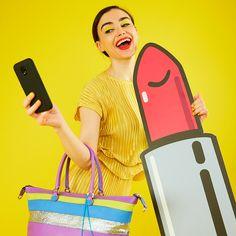 Super lipstick for a super GABSELFIE! 💄  #girlslovebluebotton #gabs #gabskorea #gabsginza #gabsofficial #gabsborseeaccessori #gabsborse #bagshop #accessories #bag #bags #Italian #Fashion #design #creative #style #styles #stylish #Colore #Colori #Colors #Colours #Smile #Fun #Happyness #bepositive #positivevibe #funny #ironic