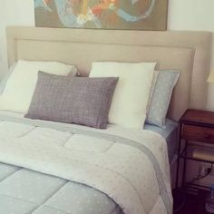 Future House, Bed Pillows, Pillow Cases, Furnitures, Bedrooms, Facebook, Home Decor, Fabric Headboards, House Decorations
