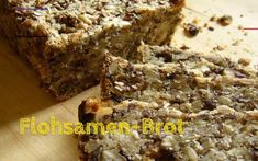 The wholesome psyllium bread: if you have something for your digestion and health . - The healing psyllium bread: If you want to do something good for your digestion and health, you sho - Healthy Banana Bread, Healthy Protein, Healthy Life, Keto Alfredo Sauce, Keto Salmon, Seed Bread, Keto Casserole, Diets For Beginners, Health Breakfast