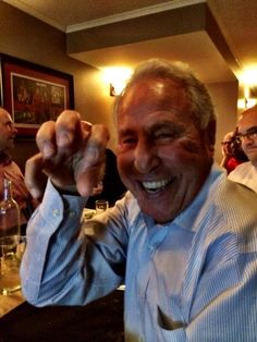 ESPN Gameday host Lee Corso gives #Baylor a #SicEm after picking the Bears to beat OU. (Good call, Lee!)
