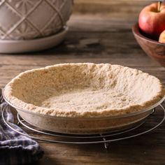 This easy low carb keto graham cracker crust made with almond flour is the perfect keto pie crust for low carb cheesecakes and cream pies. Low Carb Maven, Low Carb Keto, Low Carb Recipes, Cooking Recipes, Low Carb Deserts, Low Carb Sweets, Graham Cracker Crust, Graham Crackers, Low Carb Cheesecake