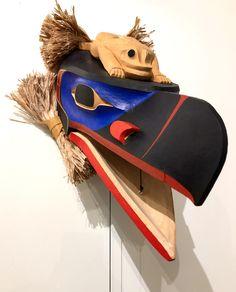 Articulated Raven's beak with frog on top. Frog Mask, John Wilson, Indigenous Art, Raven, Riding Helmets, Art Gallery, Art Museum, Ravens, Crows