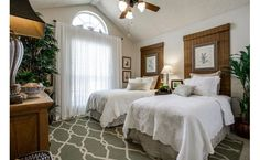 Adore this guest room!