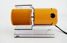 Braun HL70 Type 4550 Personal Desk Fan designed by Reinhold Weiss an Jürgen Greubel