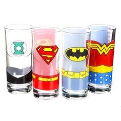 Des verres Justice League, pour boire l'apéro avec tous nos amis geeks !