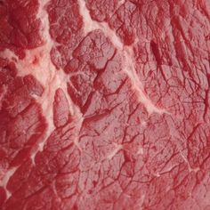 Although generally lacking in flavor, browning round steak deepens the beefy taste of the meat.