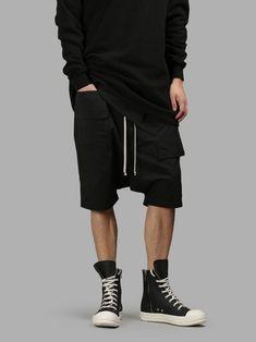 RICK OWENS DRKSHDW Rick Owens Drk Shdw Men'S Black Memphis Pod Shorts. #rickowensdrkshdw #cloth #shorts
