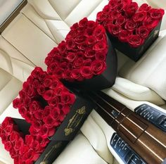 Valentines Day Goals, Valentines Day Messages, Valentines Day Shirts, Valentines Gifts For Her, Flower Box Gift, Flower Boxes, Luxury Flowers, Beautiful Flowers, Big Flowers