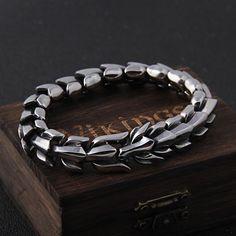 Bracelets Design, Bracelets For Men, Fashion Bracelets, Fashion Jewelry, Link Bracelets, Mens Silver Bracelets, Fashion Fashion, Leather Bracelets, Dragon Bracelet