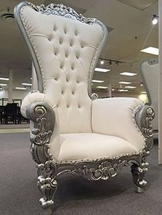 6 Ft. Tall Throne Chair French Baroque Wedding Bride Groom Throne Chairs High Back Chair Hotel Lounge Chair Bar Chair Throne Chair Furniture Victorian Style Chair (White & Silver)