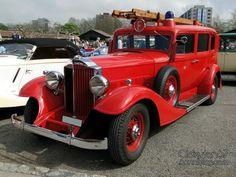 packard-8-sedan-firetruck-1933
