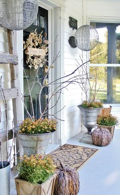 fall front door decor @ Thistlewood Farms