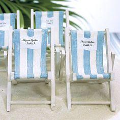 Ein origineller Platzkartenhalter, ideal für die sommerliche Strandhochzeit!