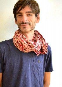 Les foulards c'est aussi pour les hommes