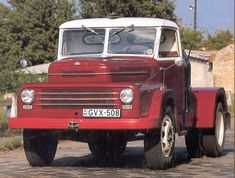 Old Trucks, Eastern Europe, Scooters, Old Cars, Antique Cars, Jeep, Retro, Vehicles, Countries