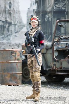 Women With Weapons - Hot Military Girls - Girls With Guns Photo. Facts That Show How Far Women Have Come In The Military Airsoft, Military Girl, Female Soldier, Army Soldier, Warrior Girl, Military Women, Girls Uniforms, Badass Women, Armed Forces