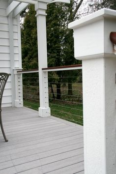 Patient totaled rustic porch design investigate this site Source by keeperhabu Wire Deck Railing, Front Porch Railings, Front Deck, Outdoor Railings, Cable Deck Railing, Balcony Railing, Building A Porch, Diy Deck, House With Porch