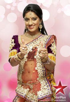 Star Plus  C2 B7 Sandhya Find Similar Designs On Www Lacxo Com Latest Designer Sarees Latest Sarees