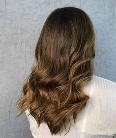 Nydelig farge utført av Celine🤩 Swipe for førbilde👉🏻 Celine, Breeze, Hairstyle, Long Hair Styles, Color, Beauty, Instagram, Hair Job, Colour
