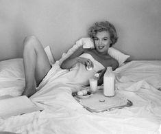 Marilyn Monroe by Bert Stern by marie Marilyn Monroe 1962, Marilyn Monroe Frases, Bert Stern, Gentlemen Prefer Blondes, Divas, Tim Burton, Bel Air, Body Dentelle, Pin Up