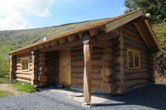 Hand scribe cabin