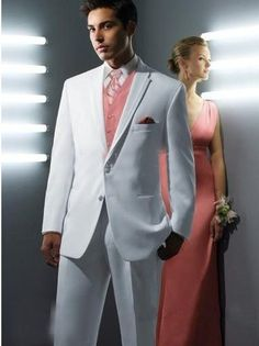 Romanticweddinggown Free Shipping!Cheap men's suits,2011New Fashion business suits,wedding suits/wedding tuxedo &Bridegroom F080 US $125.26