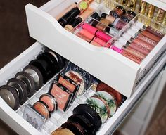 """LAURA on Instagram: """"Received my new Alexa drawer organizers from @impressionsvanity for my IKEA Alex drawers! So in love.  They have different organizers you can arrange in any way! Use code """"lauratraum"""" to save some $$$ off anything on the site #impressionsvanity #alexaorganizers"""""""