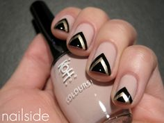 Nail Polish / black and gold chevron design