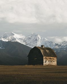 folklifestyle:  upknorth:  Thankful for wooden structures close...